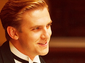 Cousin Matthew a.k.a actor Dan Stevens is hinting that he may be leaving Downton.