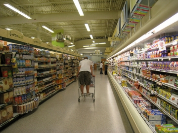 The Special Council on Tax Reform and Fairness says groceries should be taxed again along with haircuts and cell phone use. (Photo by Charlene Trapp via Flickr)