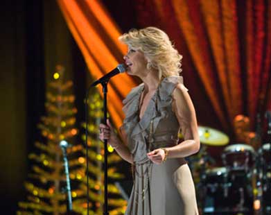 Faith Hill, Joy To the World: A Soundstage Special Event | Georgia ...