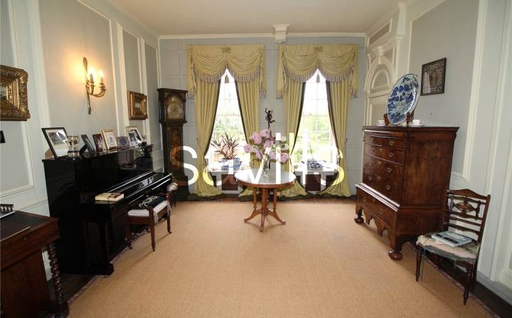 How much is the dowager 39 s downton abbey manor just 6 for Downton abbey dowager house for sale