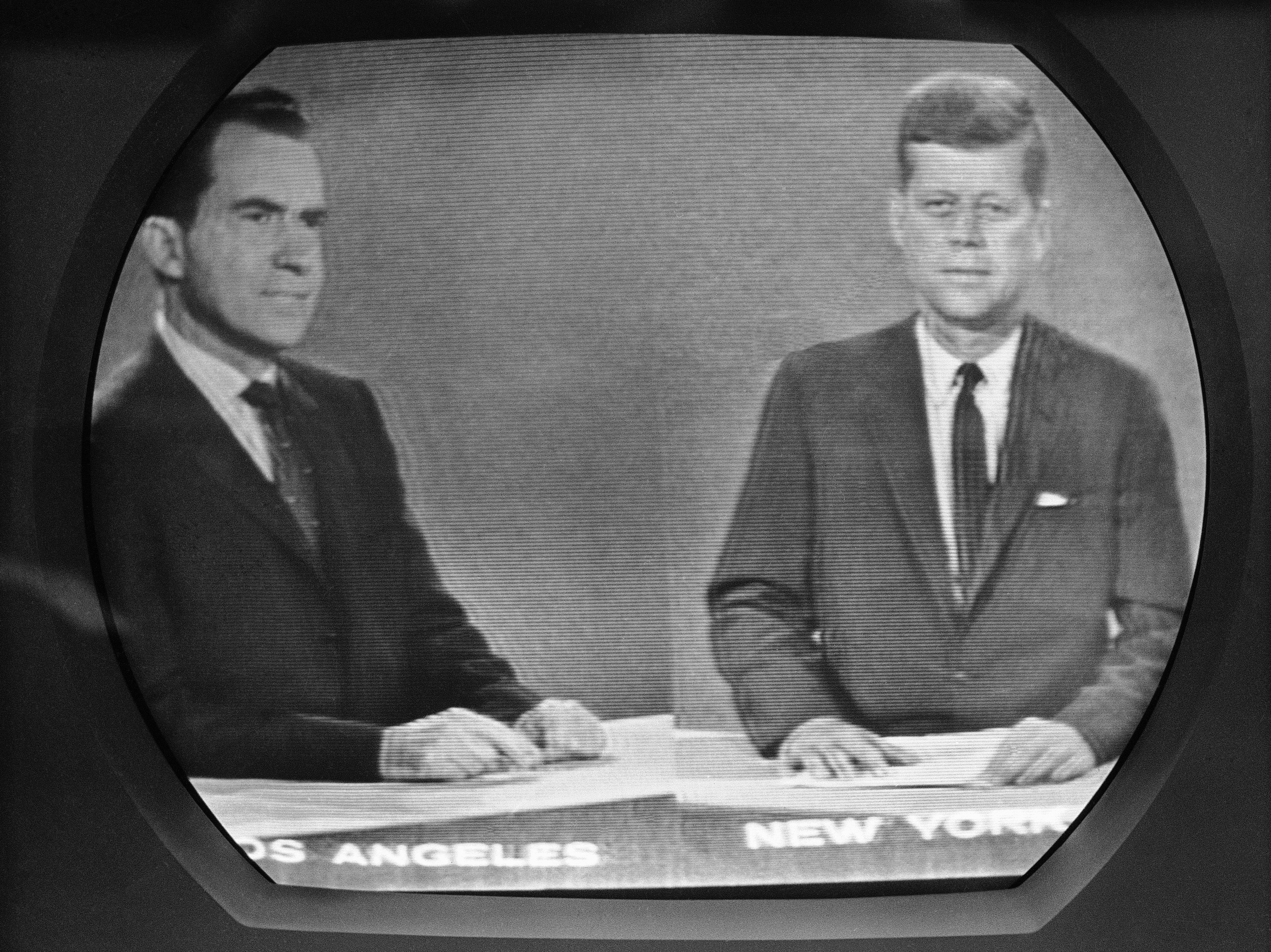 an analysis of the popular 2000 kennedy nixon presidential debates Presidential debate analysis essay for the presidential election of 2000 the than nixon although the 1960 debates were popular with the.