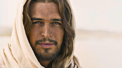 "Actor Diogo Morgado, who plays Jesus in the ""Son of God"" movie, was dubbed #HotJesus by Twitter."