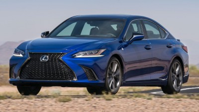 2019 Lexus ES & Comparison Test Midsize Trucks