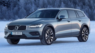 2019 Volvo V60 T5 Cross Country & 2020 Mazda 3