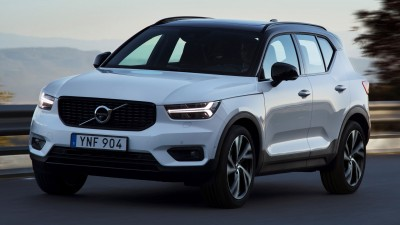 2019 Volvo XC40 & 2018 Ford Mustang GT