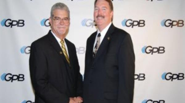 Former GADA President Jeff Beggs (L) and current GADA President Bob Stinchcomb. Photo by Cheryl Alford