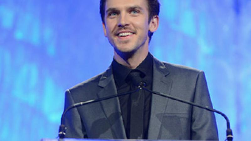 Dan Stevens sports his darker and scruffier look at the 24th Annual GLAAD Media Awards. Courtesy http://www.zimbio.com/photos/