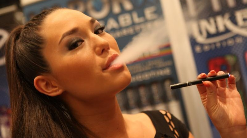 "Courtesy, <a href=""http://commons.wikimedia.org/wiki/File:Electronic_Cigarette_Smoking.jpg"" target=""_blank"">Wikimedia</a>"