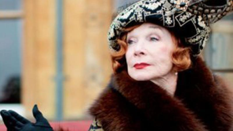 Shirley MacLaine is Dame Maggie Smith's new nemesis.