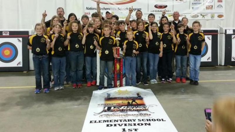 Woodlawn Elementary, Chatsworth, National Archery in the Schools Program champs (image via georgiawildlife.com)