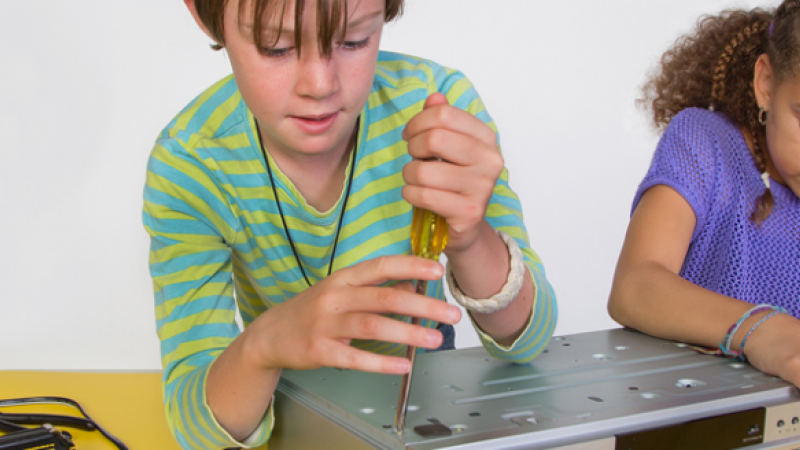 Introduce girls to their career options in engineering on girl day. Images courtesy discovere.org.