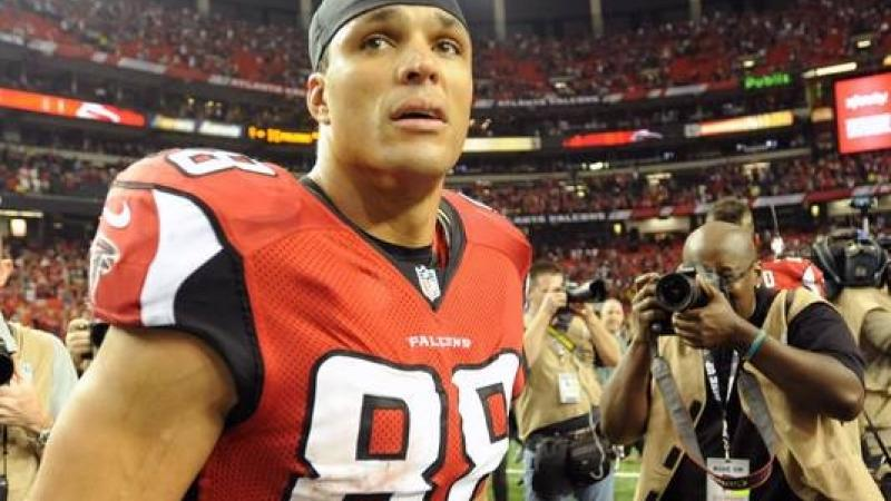 Tony Gonzalez of the Atlanta Falcons