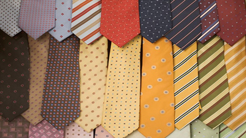 The color of your clothes during an interview say more than you know!
